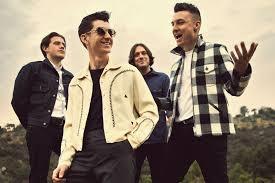 Arctic Monkeys gruppo rock inglese in concerto a Villafranca